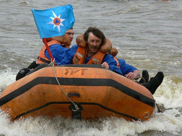 резиновая лодка в салехарде